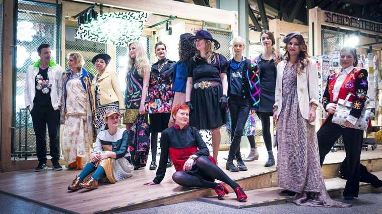 Gruppenbild mit allen Models der Fashion Show