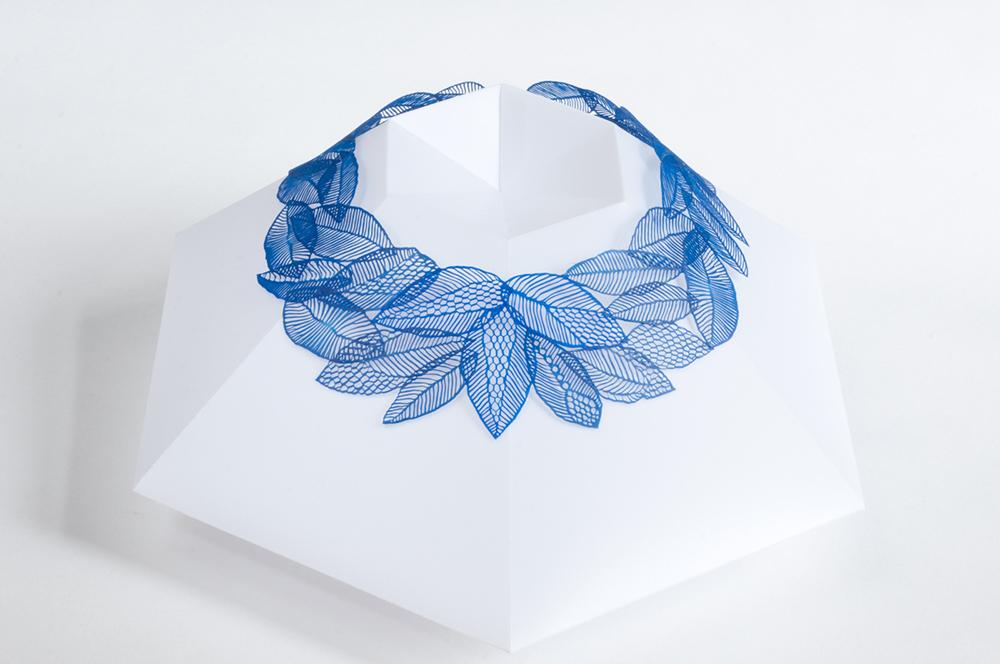 Blaue Blätter