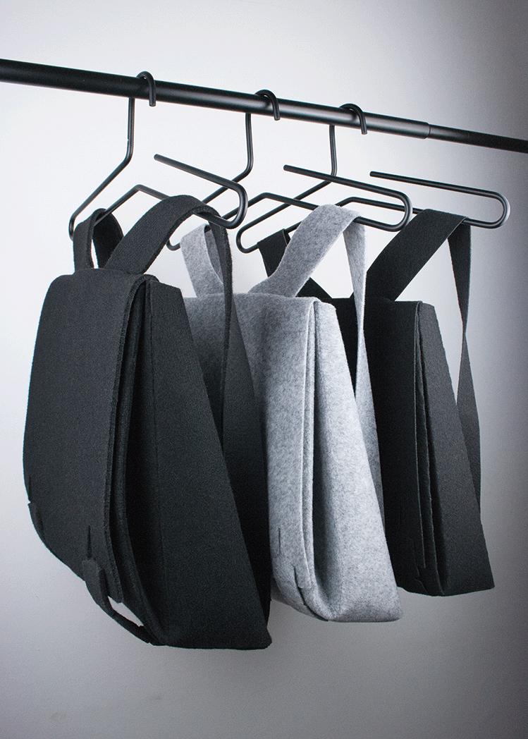 MOK in schwarz und grau