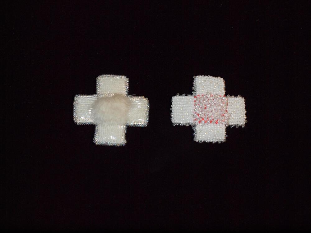Kreuze - weiß (Brosche)