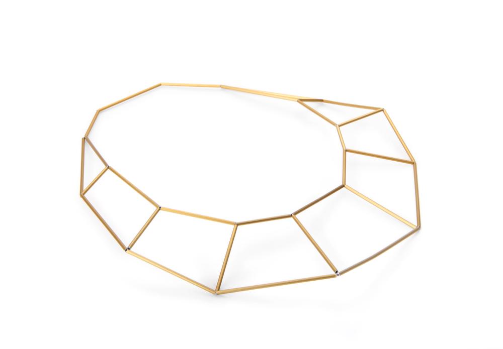 Necklace facetta, natur and gold, aluminium pipe, anodized, nylon, 180 €