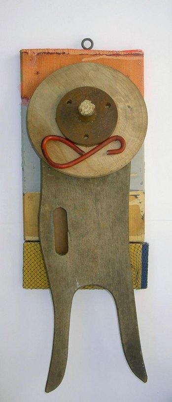 Kerlchen, relief, wood/metal, 2007, 56 x 20 x 10 cm, 330 €