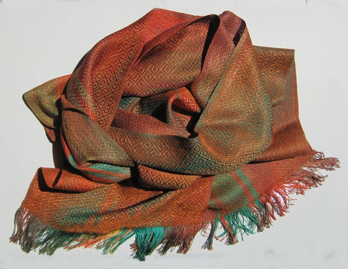 scarf red green orange