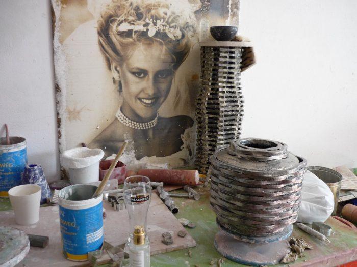 Urne im Entstehen - in der Werkstatt von Kati Jünger