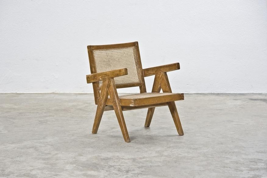 Stuhl von Pierre Jeanneret, Foto: Malte Wrobel