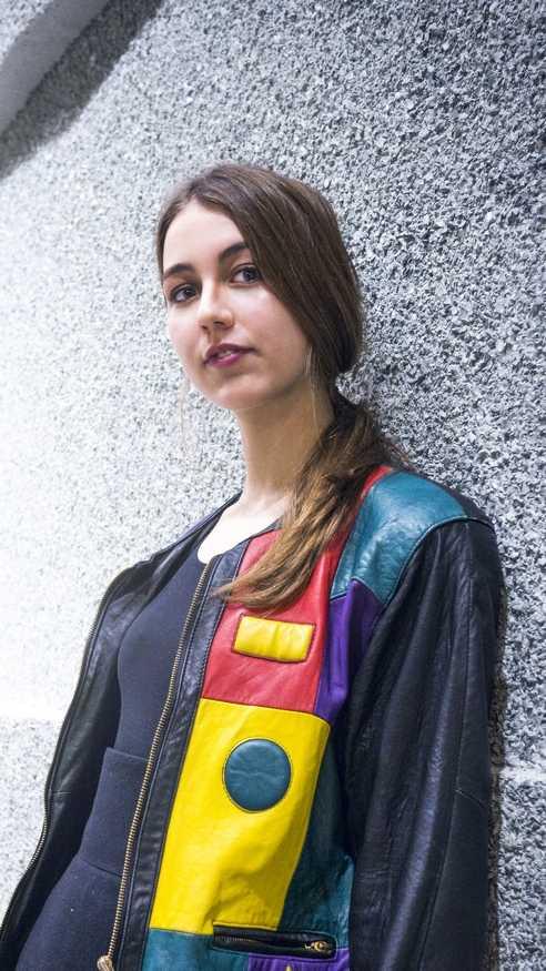 Fabienne in einer seltenen Vintage Designer Jacke aus den 80ern (verkauft!)