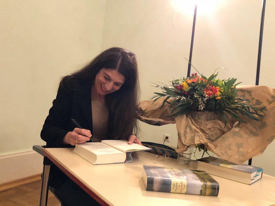 Nicki Pawlow Schriftstellerin