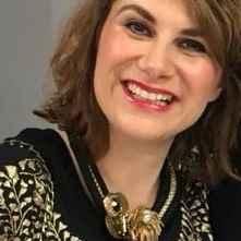 Dr. Yoanna Planchette, Bibliotheksassistentin